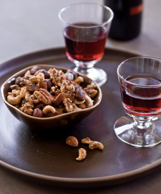 ... maple bourbon and bacon spiced walnuts recipes dishmaps maple