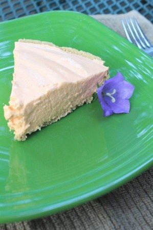 No-Bake Orange Creamsicle Pie from Too Zesty!