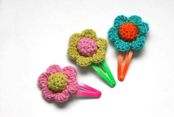 colourful crochet hair clips CROCHET Pinterest