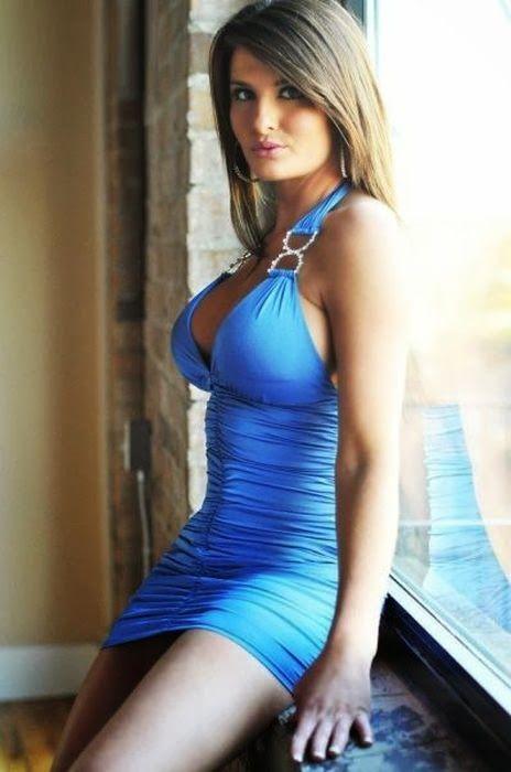 девушки в мини платьях порно