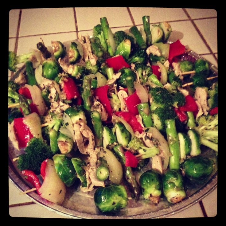 ... kebab with Brussels sprouts, asparagus, broccoli and red pepper