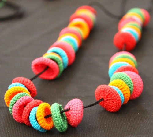 crochet beads mini yarn projects Pinterest