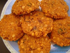Parippu Vada – Spicy lentil fritters | My Style | Pinterest