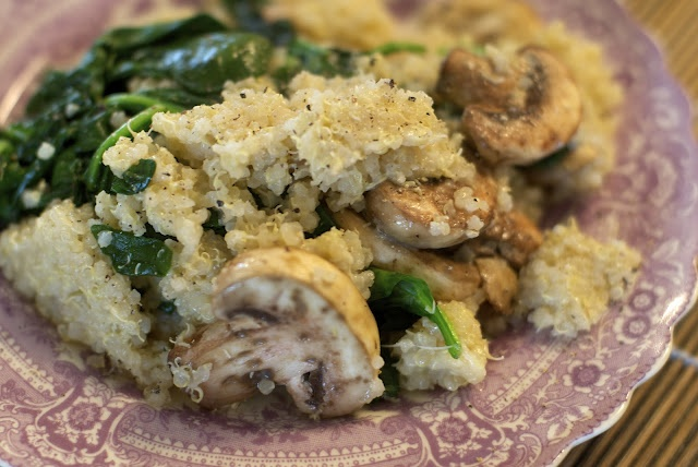 cheesy quinoa with mushrooms and spinach   Veggie/Healthy Recipes   P ...