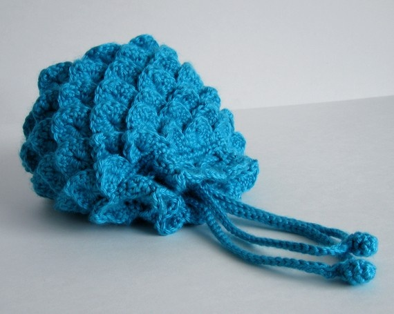 Crochet Evening Bag Pattern : Blue Raspberry Evening Bag Crochet Pattern