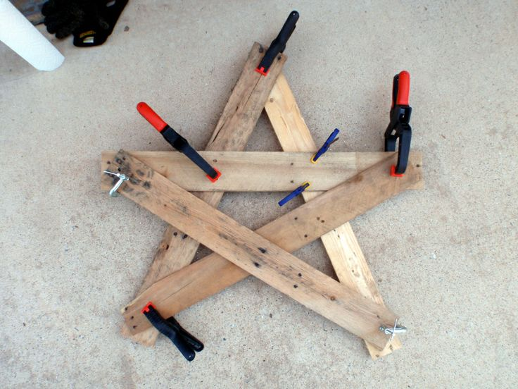 Star from pallet- no cutting | Craft | Pinterest