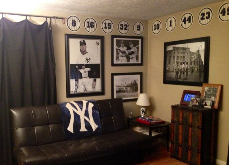 Man Cave Yankees : Yankees man cave sports caves pinterest