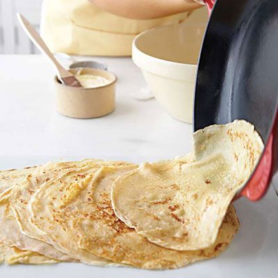 Basic Crepes Recipe. Miss French crepes. :(