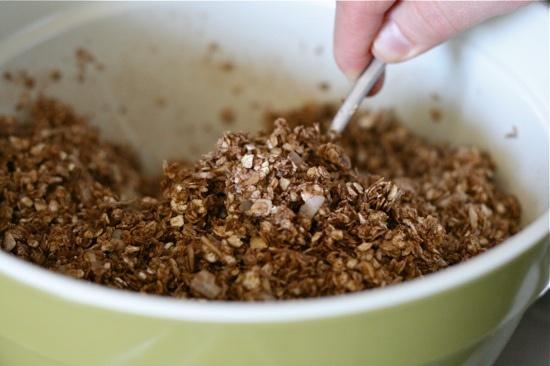 Lauren's Latest » Chocolate Almond Granola {healthy!}