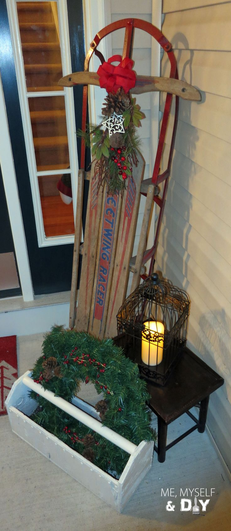 Vintage sled d cor christmas sled christmas holiday for Antique sled decoration