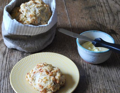 Buttermilk Bacon Biscuits with Maple Butter - super easy biscuits, no ...