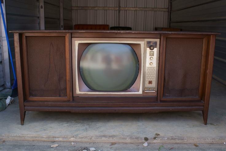 Vintage dumont teleset tv radio phonograph combo for Domon television