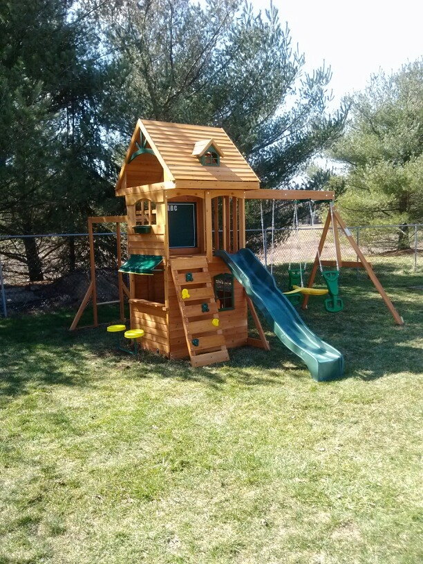 big backyard ridgeview deluxe playset from toys r us installed in