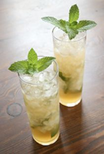 Queen's Park Swizzle The traditional version of this Trinidad swizzle ...