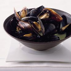 Mussels with Basil Cream Recipe | Appetizers | Pinterest
