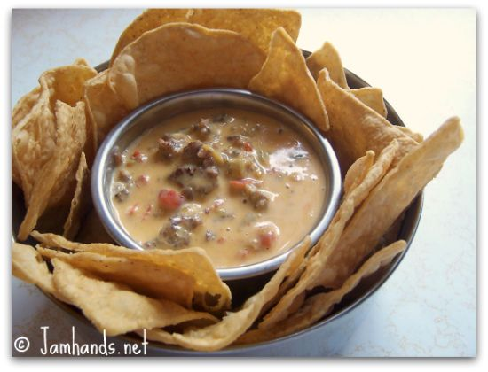 Chile Con Queso | Val's favorites | Pinterest