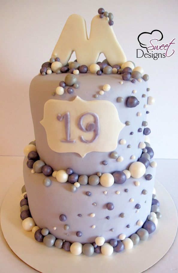 19th birthday cakes pictures