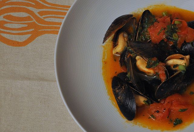 miso broth spicy steamed mussels in miso broth recipes miso broth ...