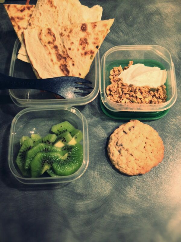 Pack lunch - spinach & cheese quesadilla, kiwi slices, cinnamon ...
