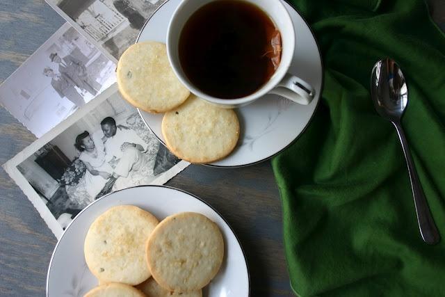 Rosemary Lemon Shortbread Cookies | Cookies | Pinterest