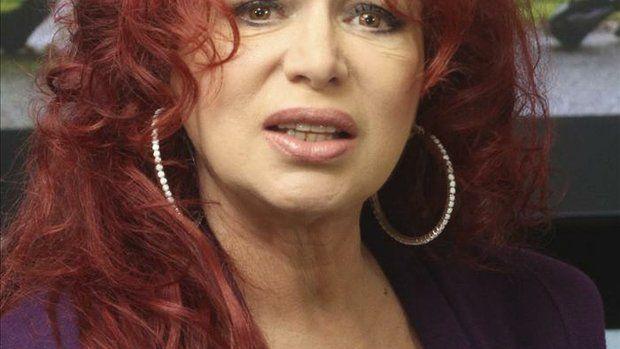 Iris Chacón, 64 today. | Elegance After Sixty | Pinterest