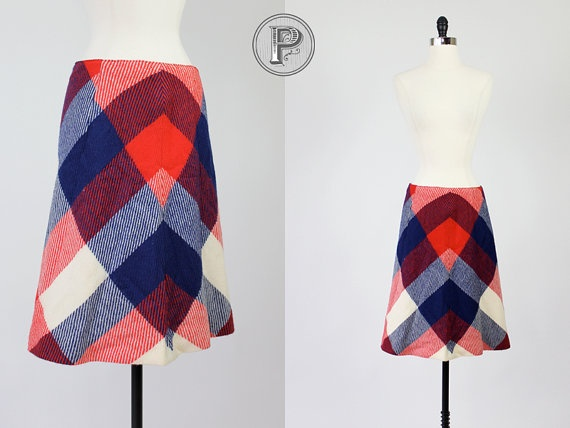 last day of SALE 25 off // 60s skirt medium / 1960s by TheParaders, $28.50