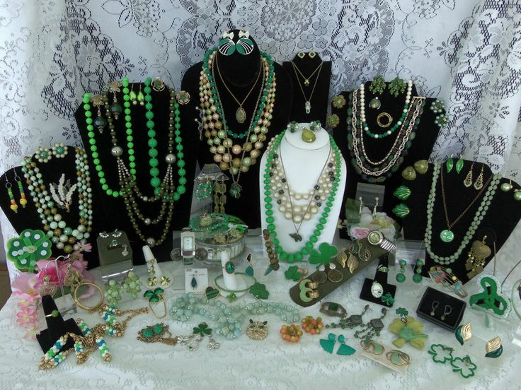 Vintage estate costume jewelry lot green sterling silver for Vintage costume jewelry websites