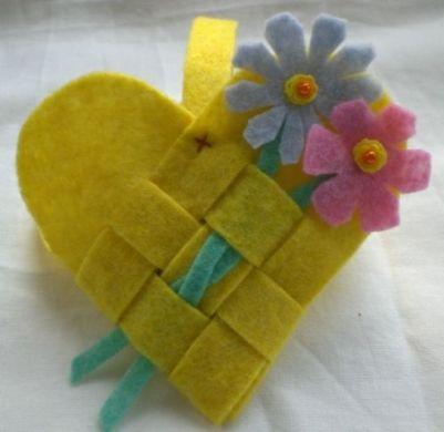 felt heart basket