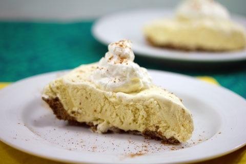Eggnog Ice Cream Pie | Food/Recipes | Pinterest