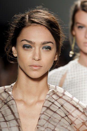 """Make up occhi: 6 step per &;risollevare"""" la palpebra"""