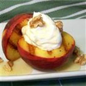 Grilled Peaches and Cream Dessert | Fooood | Pinterest