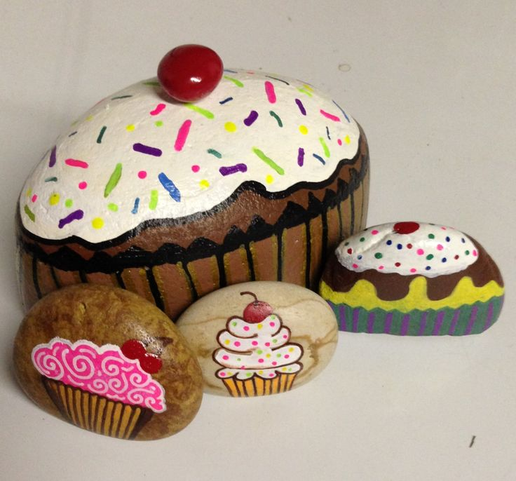 Cupcakes hand painted stones - I wish I knew the source to attribute for these