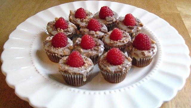 rasberry brownie heath bar cupcakes | Storage Ideas | Pinterest
