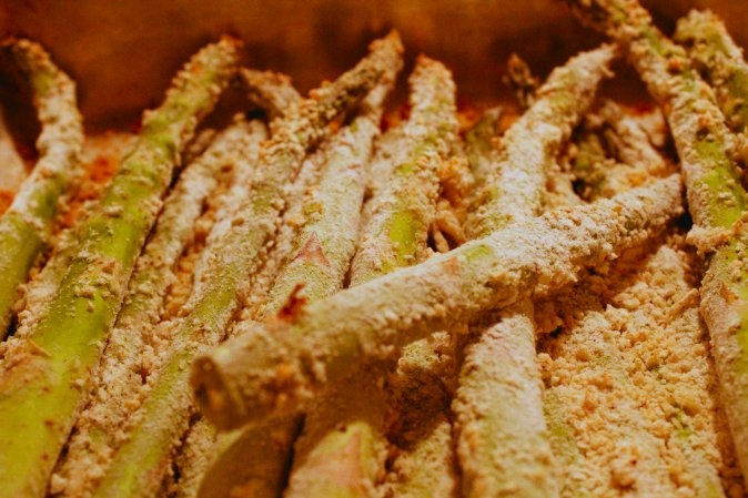 Baked Asparagus Fries with Garlic Aioli Sauce Grade: A. I didn't coat ...