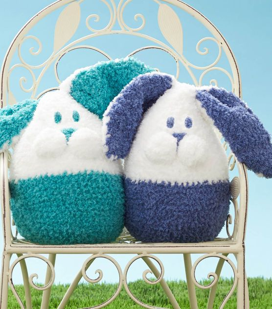 #DIY Easter Bunnies   Great for Easter Decor or for Kid's Easter Baskets   FREE Crochet Pattern available at Joann.com   Click through for Pattern and Full Supply List   #Easter #EasterBunny #StuffedAnimals #EasterBasket