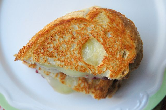 Cranberry Brie Grilled Cheese | Tasty Treats | Pinterest