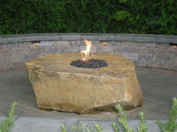 Use A Boulder As A Fire Pit Fire Pits And Fireplaces