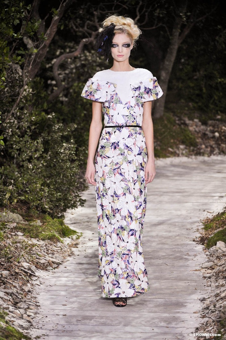 Chanel haute couture spring 2013 for Haute couture in english