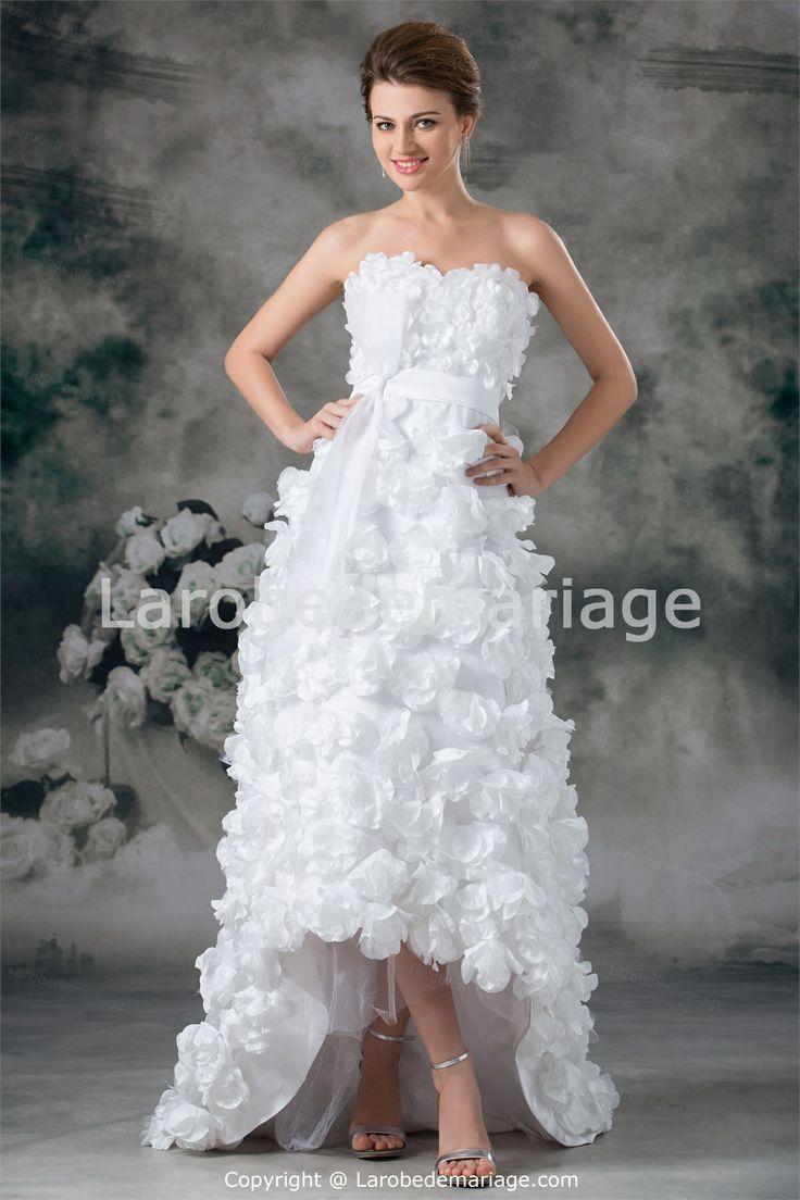 Robe de mariée A-ligne asymétrique avec fleur à la main en satin ...