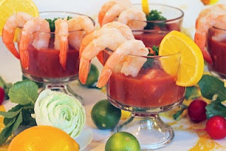 Saucy Seafood Cocktail (low fat, gluten free) from Shannon's Shanonigins. #SkinnyMama. Visit www.barhyte.com