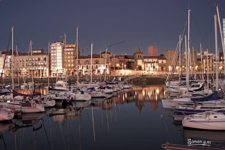 Puerto deportivo gij n gijon oviedo asturias pinterest - Puerto deportivo gijon ...