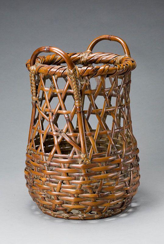 Flower Basket of Kinmeichiku Bamboo with Lugs  By Hayakawa Shokosai IV (1902-1975)