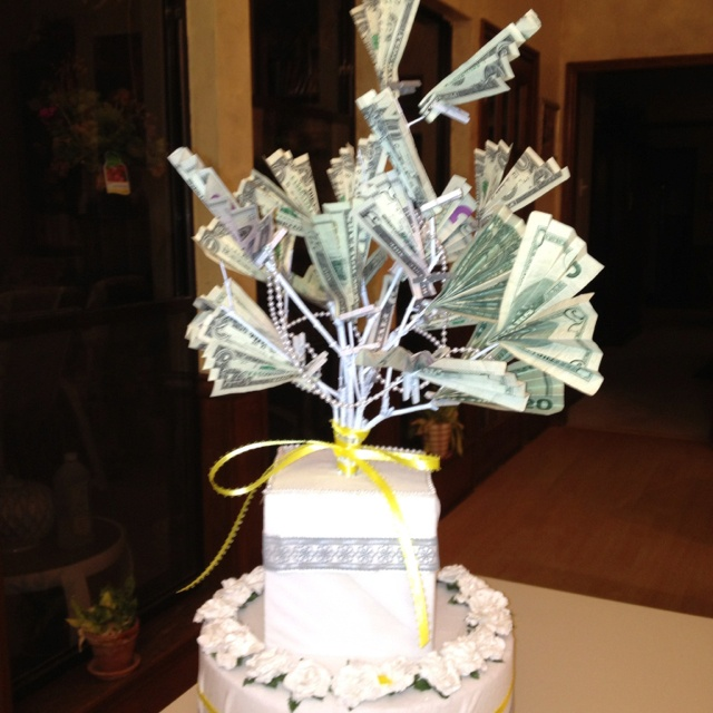 Wedding Cake Money Tree: Gallery for gt how to make a money tree ...