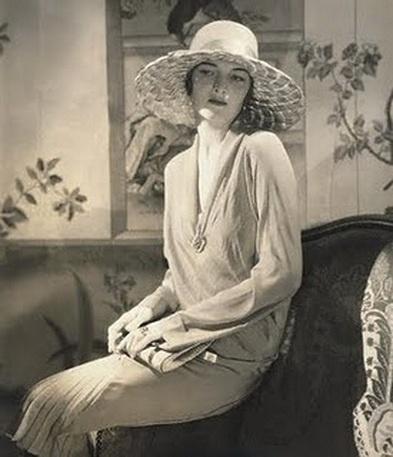 Vogue, 1928