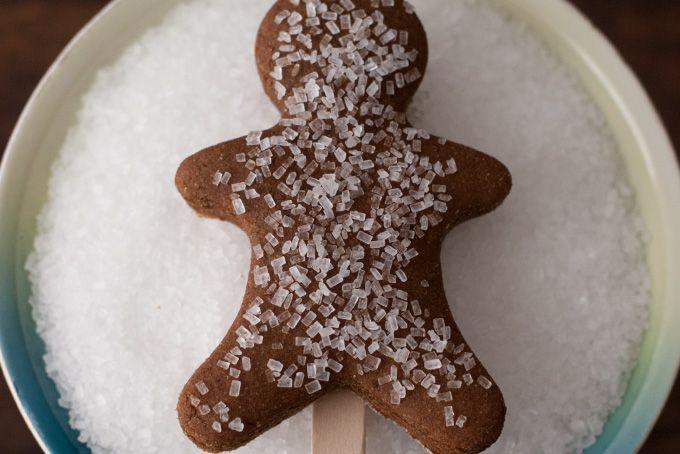 Gingerbread Man Cookies (on sticks!) | Recipe