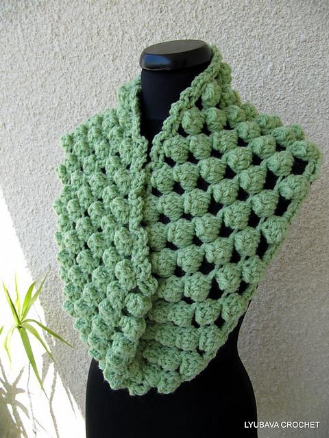 Crochet Scarf Patterns With Popcorn Stitch : Infinity Scarf