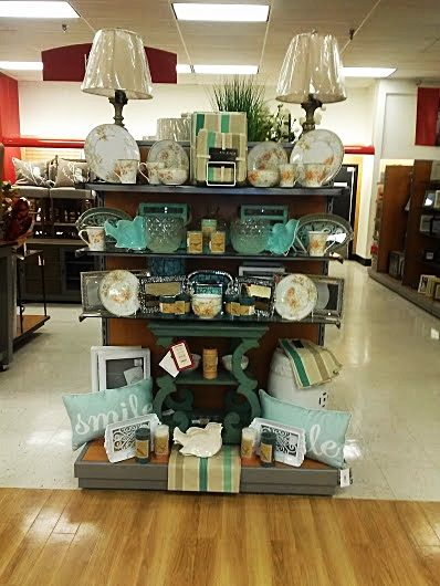Deco isle endcap store display ideas pinterest for Home decor outlet 63125