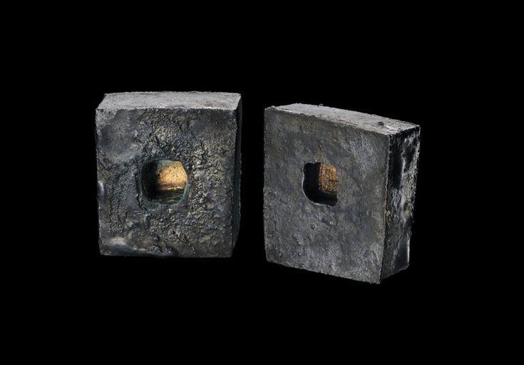Orecchini serie In the box - Argento, oro giallo 18kt, niello patina - 2011  Gigi Mariani