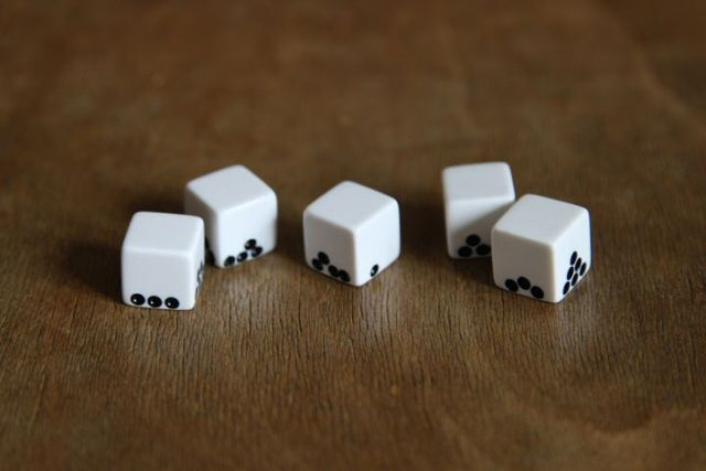 Gravity Dice by Suzy Lelievre