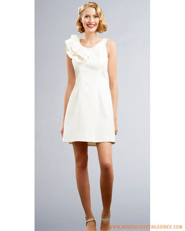 Robe de cocktail courte en satin  Belle robe de mariée  Pinterest